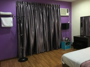 Borneo-Express-Homestay-Double-Bedroom